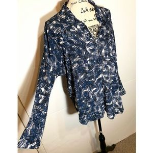 ASTR Abstract Collared Blouse Swing Back